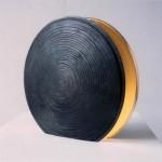 Aleph 1 1998 Feuille d'or sur fonte de fer Diamètre 37 cm