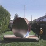 Aleph 2 2002 (simulation) Dalle de granit. Deux éléments concaves en acier inox emboutis, face intérieur polie, extérieure sablée.