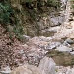 Concrétion de calcaire (1996) près de Crestet Centre d'Ar