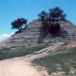 Xochitécatl, 1994 : pyramide dédiée au dieu du vent Ehécatl.