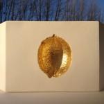 Elément de platre et feuille d'or: 30 x 12 x 8 cm