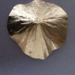 Moulage sur feuille de lotus à Baca. Mexique Feuille d'or sur plâtre